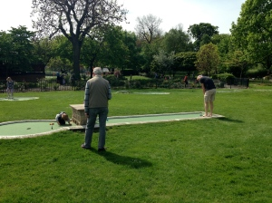 Mini golf in Wimbledon Parl